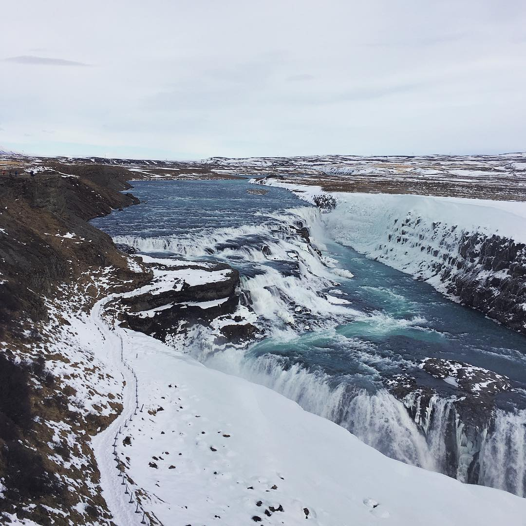 Apart from being blown off our feet by the wind, #gullfoss was #pretty in the #snow